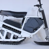 Electric snowmobile_10
