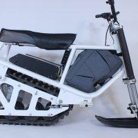 Electric snowmobile_10